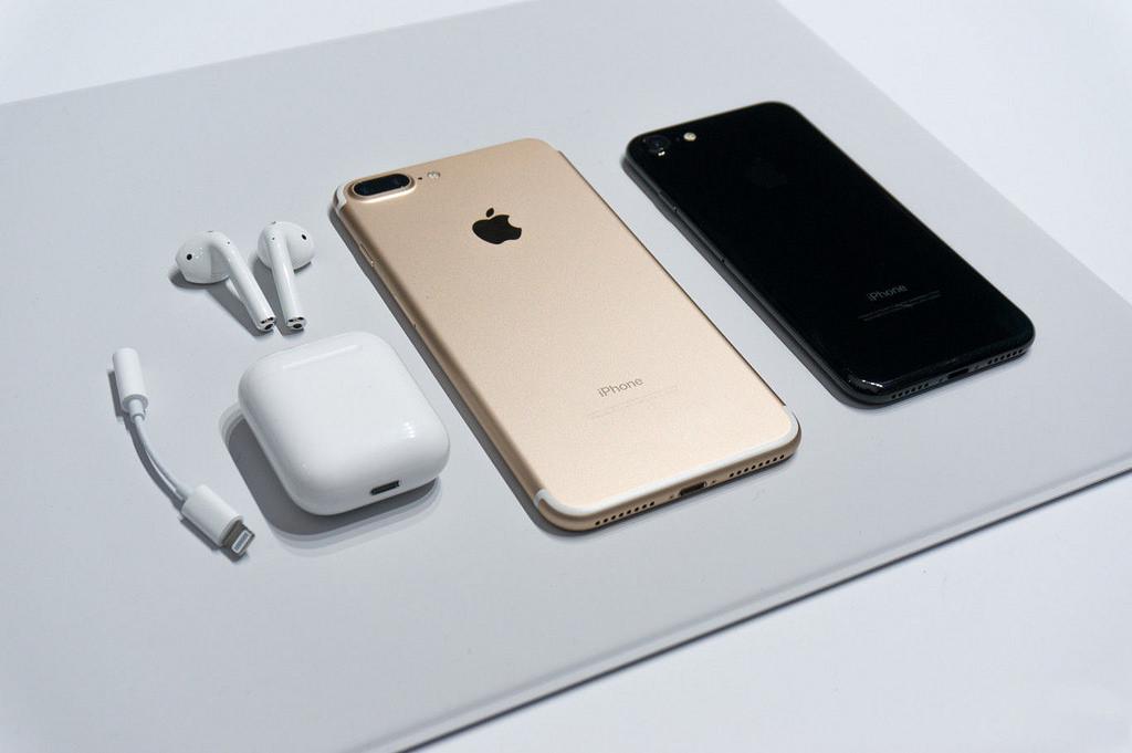 Iphone  Se Best Price