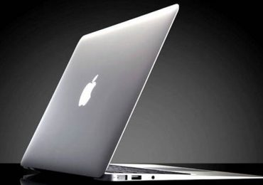 Apple MacBook Detailed Review, Features, And Price